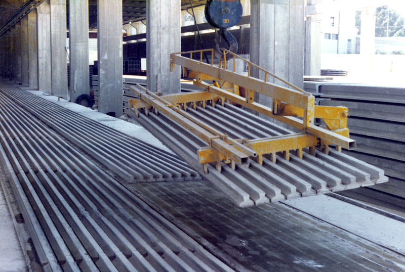 Mechanical Lifting Beam For Inverted T Beams